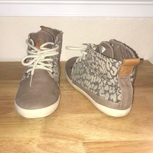Cheetah Print High Mid Top Sneakers BY REEF